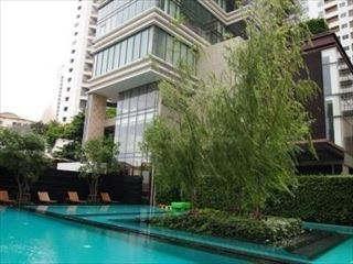 the-emporio-place-condo-bangkok-59689ac3b8a1bc020900125b_full_R